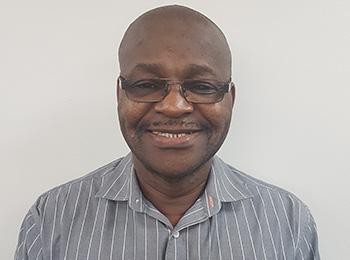 dr-Mvula-Yoyo-foto